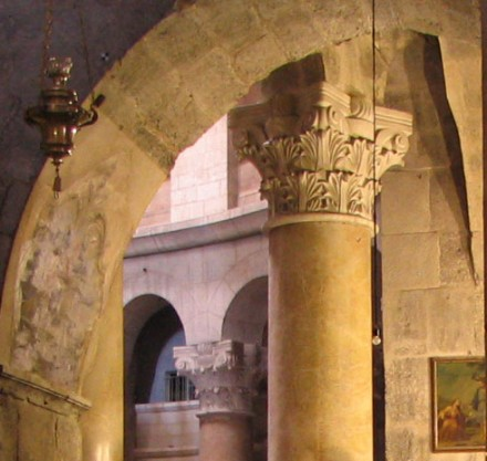 church_of_the_sepulchre_10