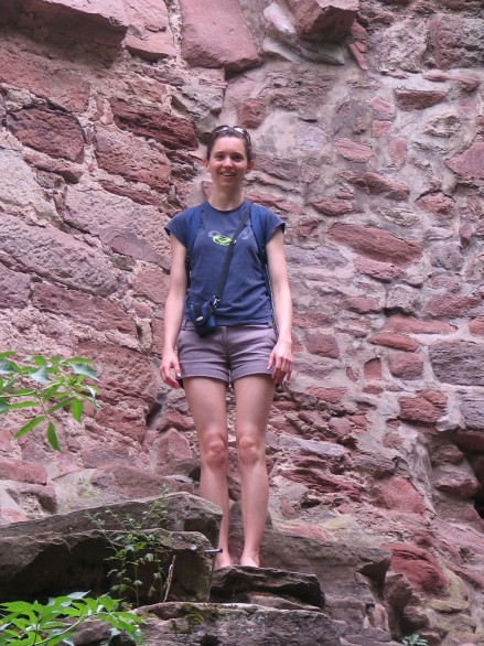 Vicki Argyle outside the Heidelberg castle's walls