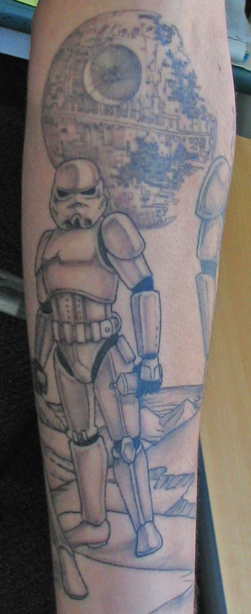 Check out the amazing Storm Trooper tattoo of artist Gene van der Zanden