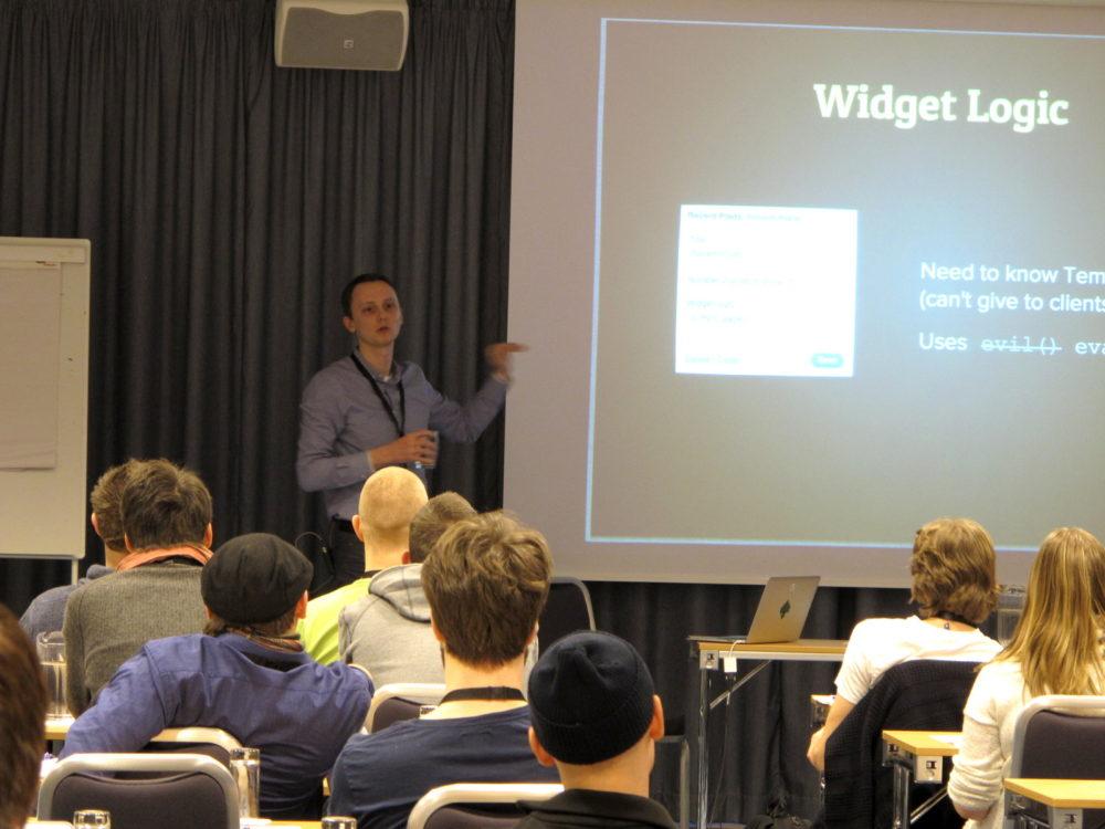 Kaspars Dambis giving a kicking butt presentation about the WordPress widget system