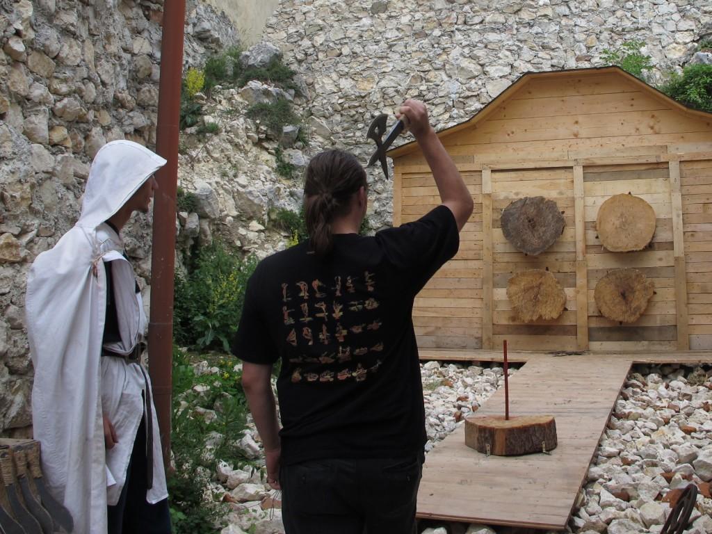 Axe throwing at Râșnov Citadel