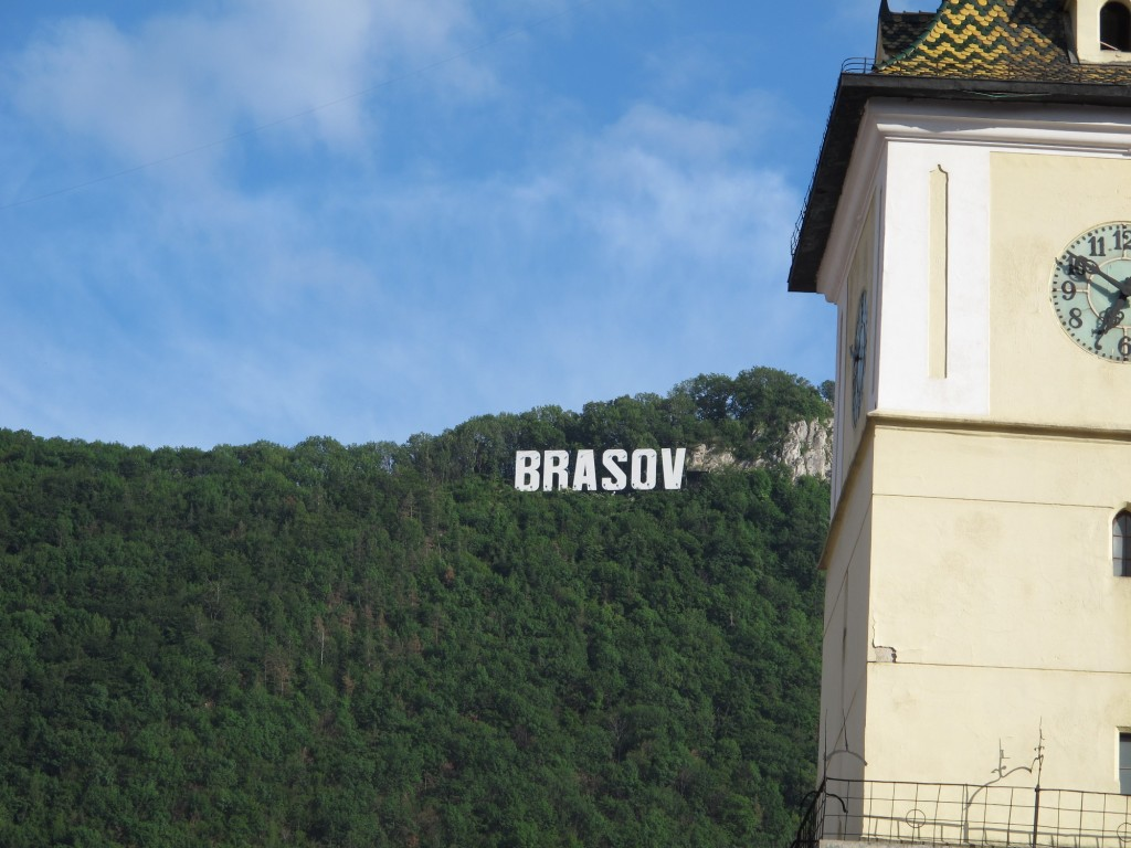 View of the Brașov sign on Tâmpa