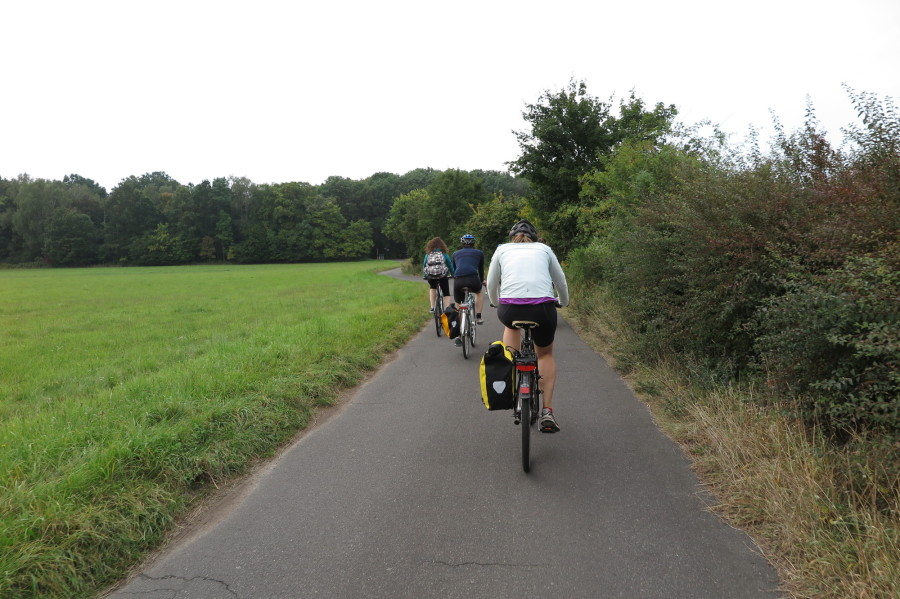 The group cycling on the Berlin wall route