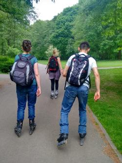 Vera, Anna and Justin skating in Tiergarten